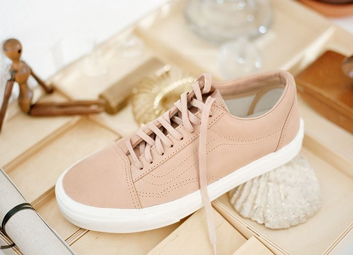 leather old skool   mode   femme   fashion   women   nude   pickture